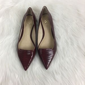 Vince Camuto Croc Flats Pointed Shoes Size 7